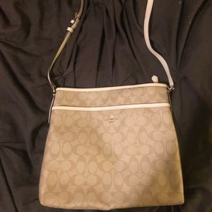 Adorable cross body couch purse